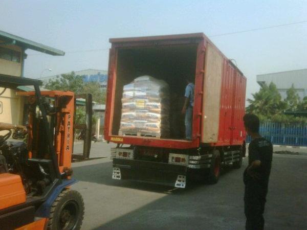 Cargo udara malang, cargo darat malang, cargo laut malang, www.solusijasapindah.com, simpati 081358882777